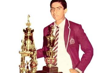 Gurusinha won the Observer Schoolboy Cricketer of the Year award in  1985