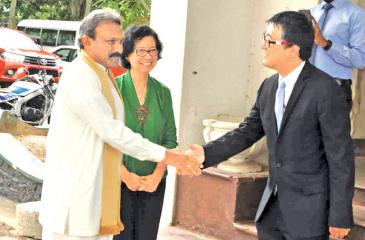 On his arrival Southern Province Governor, Dr. Hema Kumara Nanayakkara, is received by Ms. Sri Widowathi, Country Director, Sri Lanka Mission of Asian Development Bank in association with Juliano Fernando Senior Finance and Administration Officer of ADB Sri Lanka Mission. Pic: Mahinda P.Liyanage – Galle Central Spl Cor.