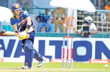 Man of the Series Kusal Mendis plays to leg during his knock of 54.  Man of the Match Thisara Perera scores runs in his cameo knock of 52 of 40  balls. Pic by Thilak Perera