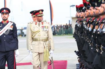 Army Commander Lt. Gen. Mahesh Senanayake inspects the guard of honour    Pic: Rukmal Gamage