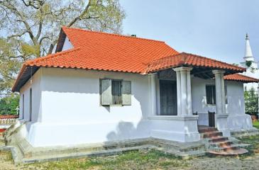 The main image house of the Purvarama temple at Kataluwa