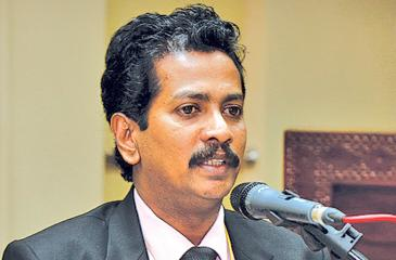 President, Private Sector Engineer's Society, Ananda Devasinghe addressing the conference