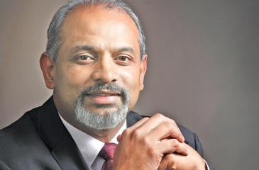 Managing Director, Janashakthi Insurance, Prakash Schaffter.