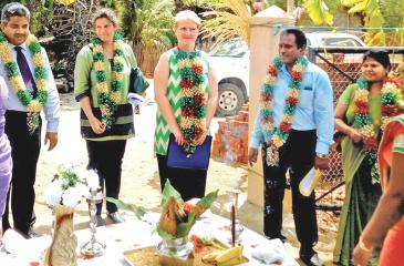 Head of Cooperation, European Union Delegation to Sri Lanka and the Maldives Libuse Soukupova arrives at the inauguration of the Palmyrah Pulp and Root Processing Centre and Palmyrah Fibre Production Centre along with representatives from the UNDP and the FAO