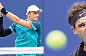 South Africa's Kevin Anderson (L) and Spain's Rafael Nadal playing during their 2017 US Open Men's Singles Semifinals matches at the USTA Billie Jean King National Tennis Center in New York.  World number one Rafael Nadal powered into his 23rd career Grand Slam final on Friday, routing Argentina's 24th-seeded Juan Martin del Potro 4-6, 6-0, 6-3, 6-2 at the US Open. / AFP PHOTO