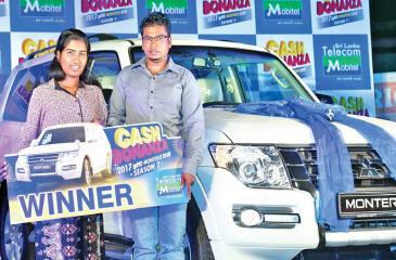 Cash Bonanza Montero Extravaganza Season 2 August 2017 winner, M. M. Ashoka Saman Kumara and family from Pussellawa with his brand new Montero