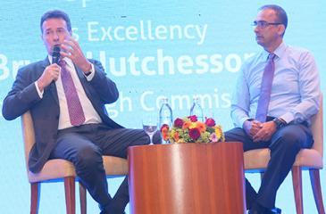 Bryce Hutchesson Australian High Commissioner to Sri Lanka and the Moderator, Graham Marshall, General Manager Automotive Coatings at Akzo Nobel Paints Lanka.