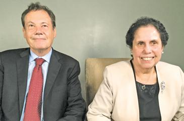 Prof. Geoffrey Jones, faculty chair of Harvard Business School's  Business History Initiative and Mrs. Aban Pestonjee, Chairperson, Abans  Group.