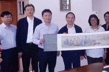 The Chinese delegation with Chamber officials.