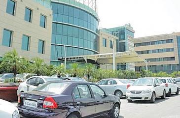 MAX hospital of Shalimar Bagh