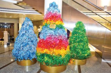 Recycled Christmas décor
