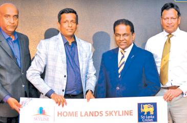 Sri Lanka Cricket President Thilanga Sumathipala and Chairman Home Lands Group Nalin Herath at the Official sponsorship award ceremony. Also in the picture are Home Lands Skyline General Manager Operations Hiran Gunasekara, Secretary SLC Mohan de Silva.