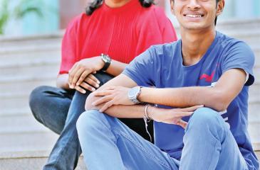 Photograph by Chinthaka Kumarasinghe / Ishan & Hiruni, A/L's bright sparks
