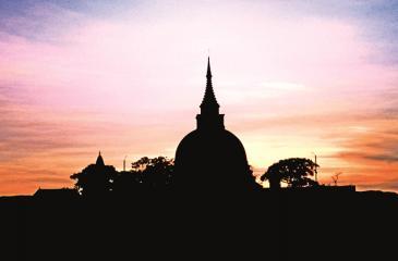 AWE-INSPIRING SCENE: A vibrant sunset over Tantirimale Dagoba.