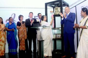 Prof. Maithree Wickremasinghe takes part in the bell ringing ceremony. Dilhan Fernando - Chairman-designate of the United Nations Global Compact in Sri Lanka, Bryce  Hutchesson - Australian High Commissioner in Sri Lanka, Amena Arif - IFC Country Manager for Sri Lanka and the Maldives, CSE Chairman Ray Abeywardane and other distinguished members were also present at the event. Pic: Chaminda Niroshana