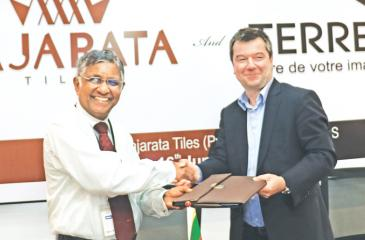 The signing of the MoU: From left - Group Managing Director, DSI Samson Group, Kulatunga Rajapaksa and Chief Executive Officer, Terreal Group,  Laurent Musy.