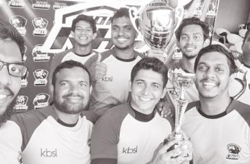 The winning Royal Lions team of Tanvir Hallaj (captain), Lasitha Manchanayaka, Muditha Weerakkody, Ravi Hettiarachchi, Punsada Aravinda, Mustaq Rumy, Sandun Gajanayake, Hasanga Liyanagunawardena, Shihar Aneez and Silmy Ahamed (KBSL, Sponsor).