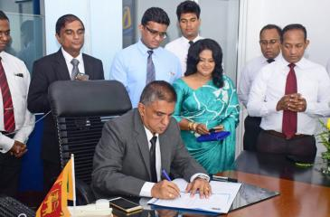 Sujith Kariyawasam assumes duties