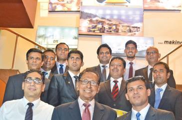 (From left - bottom to top): CEO, UTE, Riyad Ismail; Chief guest Moksevi Prelis; General Manager/6Sigma-Master Black Belt, UTE, Tharaka Dayabandara; Operations Director, Litro Gas, Sudarshan Karunarathna; Head of Training, UTE, Gayan Maldeniya; General Manager Production and Engineering, Teejay Lanka, Sanjaya Basnayake; Manager Weaving, Stretchline, Thilakarathne Kapukotuwa; Manager, Material Technology, Stretchline, Wijeya Senarathna; Manager Operations, Teejay Lanka, Kanchana Dayabandara; GM, Supply Chain