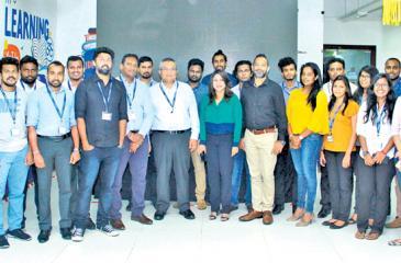 The teams from Unilever Sri Lanka and Mindshare's Team Unilever