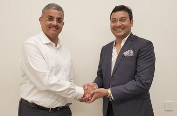 Arun Pathak (Managing Director of Welcom Hotels Lanka Private Limited) (on left) with Amit Goyal (CEO of India Sotheby's International Realty).