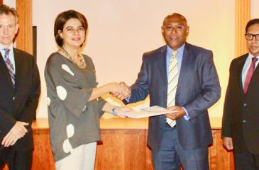 From left:  Andrew McCartney, Lead,South Asia Financial Institutions Group Advisory Services, IFC; Amena Arif, Country Manager IFC Sri Lanka & Maldives, Dimantha Seneviratne, Director/Group CEO NDB; Buwaneka Perera, Vice President, Corporate Banking NDB at the signing of the agreement.
