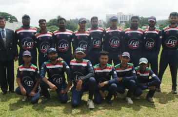 The winning Falcons team comprising M. Manzir, M. Nazy, M. Akram, M. Istimar, M. Nifraz, M.Olith, SB Umair, M. Saziyath, M. Roshan, M Nizlan, M. Nusri