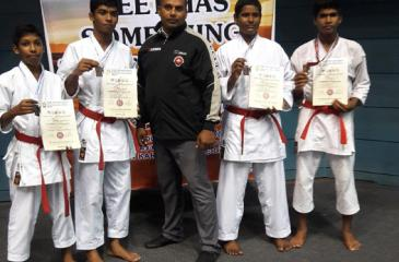 The silver medal winning Katha team comprising Anjana Bandara, Ihan Hansaja and Thusitha Akalanka with Sense Hemal Udahage