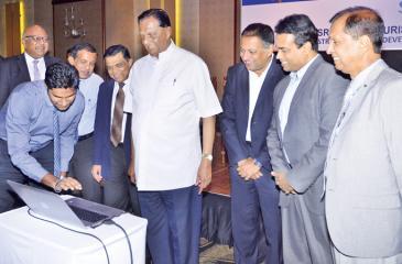 Minister John Amaratunga launches the website of Sri Lanka Tourism Awards 2018.  Pic: Vipula Amarasinghe