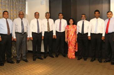The founder office bearers and first executive committee of the Palm Oil Industry Association (from left): Gayan Samarakone, Bhathiya Bulumulla, Lalith Obeyesekere, Vish Govindasamy (Vice President), Dr Rohan Fernando (President), Sajjad Mawzoon (Vice President), Mrs Oshadhi Kodisinghe (Secretary), Ravi Jayatilleke (Treasurer), Thishan Karunasena, Manjula Narayana and Manoj Udugampola. (Absent: Binesh Pananwala)