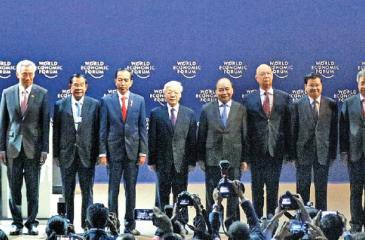 PM Ranil Wickremesinghe with other ASEAN Leaders at the World Economic Summit in Hanoi, Vietnam. Pic courtesy Prime  Minister's Media