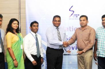 From left:Legal Officer, SLT - Shiromi Saputhanthri, DGM/Metro (Sales)SLT - Chethana Attanayake, GM/Sales Metro SLT - Lakmal Jayasinghe, Manager/External Channel SLT - Kumari Wijesuriya, Chief Sales Officer SLT - Imantha Wijekoon, CEO SLT - Kiththi Perera, Chairman,Coral property Developers (Pvt) Ltd - S. Pirabaharan, Managing Director/Coral property Developers (Pvt) Ltd - S. Vasiharan, Project Engineer/Coral property Developers (Pvt) Ltd - D. Navaneeth and Planning Engineer - S.C.Kaushika,