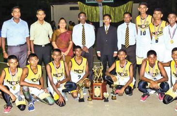 The Mahinda College team comprising Adheesh Karunaratne (Captain), HTC Jayaruwan (Vice Captain), Thevindu Amarasiri, AMDC Adikari, LD Weerakoon, PNL Kumaranatunge, MK Dinuka Ushan, L. Uthira Geesilu, AG Shanuka Tharindu, Epa Thisanda Sankalpa, DG Savindu Yasara, KI Jayalath along with Chamil Chulanga (Master-in-charge) and EAD Dhananjaya (coach)pose for a ceremonial picture