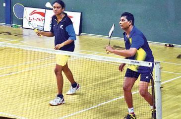 ANCL shuttlers Asanka Peiris and Kathya de Silva-Senarath in the Mixed doubles event (Pic by Sudath Nishantha)