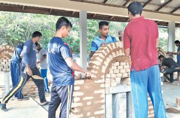Army Personnel undergo residential training at the A.Y.S. Gnanam Construction Training Academy, Dambulla.