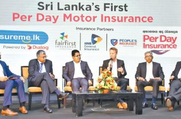 At the launch of the Per Day Motor Insurance. From left: Deepthi Lokuarachchi, Managing Director and CEO, HNB General Insurance, Vipula Dharmapala, CEO, Insureme.lk, Dr. Rainer Deutschmann, Group Chief Operating Officer, Dialog Axiata PLC, Dr. Sanjeev Jha, Managing Director and CEO, Fairfirst Insurance and Deepal Abeysekera, CEO, People's Insurance.