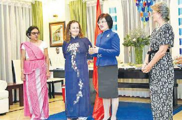 From left – Ambassador of Sri Lanka, Head of UN Women, Spouse of  Deputy Prime Minister and Foreign Minister and Ambassador of Spain