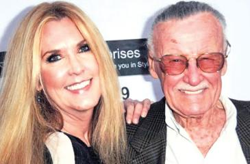 Stan Lee with his daughter