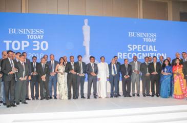 The award winners with President Maithripala Sirisena