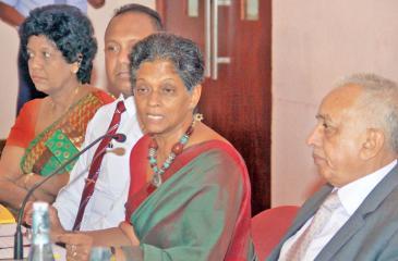 Minister Malik Samarawickrama  and EDB officials at the media  briefing   Pic: Chaminda Niroshana