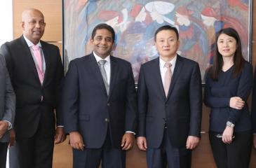From left: Seylan Bank Chief Information Officer Harsha Wanigatunga, Head of Cards, Jayanath Dias, Director and CEO Kapila Ariyaratne, UnionPay International, Vice President Larry Wang, UnionPay International, Hong Kong Branch Deputy General Manager Shao Min and UnionPay International, South Asia Senior Head Derek Chang.