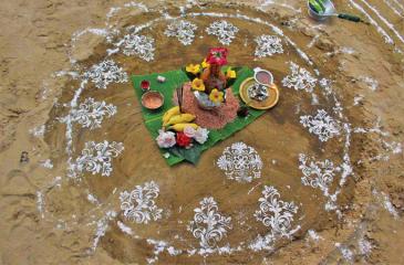 The traditional kumbham pot