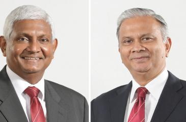 Ceylinco Life Chairman R. Renganathan (left) and Managing Director/CEO Thushara Ranasinghe