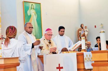 Archbishop of Ottawa, Terrence Prendergast and Rev Frs Virgil Amirthakumar and  Joseph Jacob officiated at the Holy Mass.