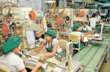 Manufacturing activities recorded a decrease reaching an all time low index value of 41.0 in April this year. Pic: Courtesy LMD.lk
