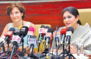 Colombo Mayor Rosy Senanayake and Netherlands Ambassador to Sri Lanka Joanne Doornewaard at the media conference at the Colombo Municipal Council.  Pic: Shan Rambukwella