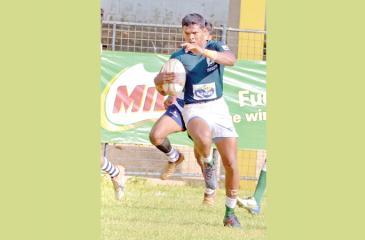 Isipathana winger Ramitha de Silva races for the try line  Pic Saman Mendis