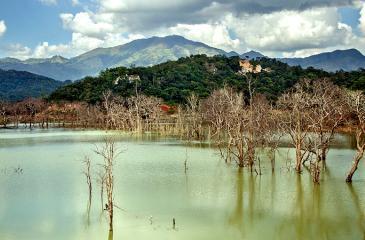Awe-inspiring Alikota Ara reservoir during water impounding