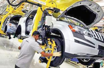 Mahindra XUV500 in the press and body shop at the Chakan plant in Pune