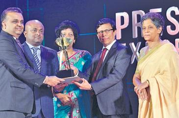 From left: Chief Investments and Process Officer Ambeon Holdings, Dr. Sajeeva Narangoda, Chief Executive Officer, Dankotuwa Porcelain, Channa Gunawardana, Director General, EDB Jeevani Siriwardane, Director General, Department of Commerce Nimal karunathilake and Chairperson, EDB, Indira Malwatte at the awards ceremony.